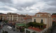 Sorrento, a pochi passi da Piazza Tasso, vendesi appartamento di pregio
