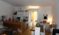 Sorrento, centro storico, vendesi rifinito appartamento in fabbricato d'epoca