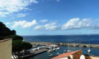 Massa Lubrense, Marina della Lobra, sul mare vendesi o affittasi, per periodo estivo, bilocale, ottimo uso pied à terre