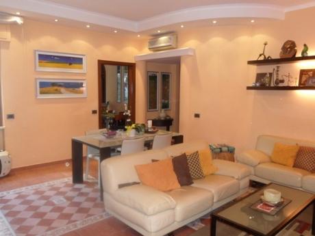 PIANO DI SORRENTO_ Corso Italia_In parco residenziale e tranquillo vendesi rifinito appartamento