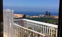 MASSA LUBRENSE, in parco residenziale, circondato dal verde, vendesi panoramicissimo ATTICO