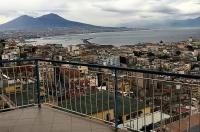 Napoli, Via Palizzi, vendesi panoramicissimo e rifinito appartamento di 170 mq