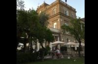 SORRENTO, NEL CUORE DEL CENTRO STORICO, vendesi struttura ricettiva con ristorante e giardino
