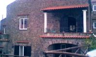 Massa Lubrense Vendesi Casa Colonica con giardino loc. Acquara